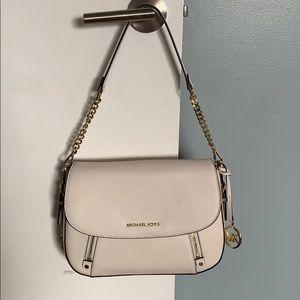 Bedford Legacy Medium Pebbled Leather Shoulder Bag